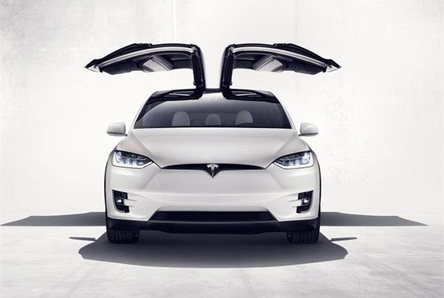 Photo of Model X courtesy of Tesla.