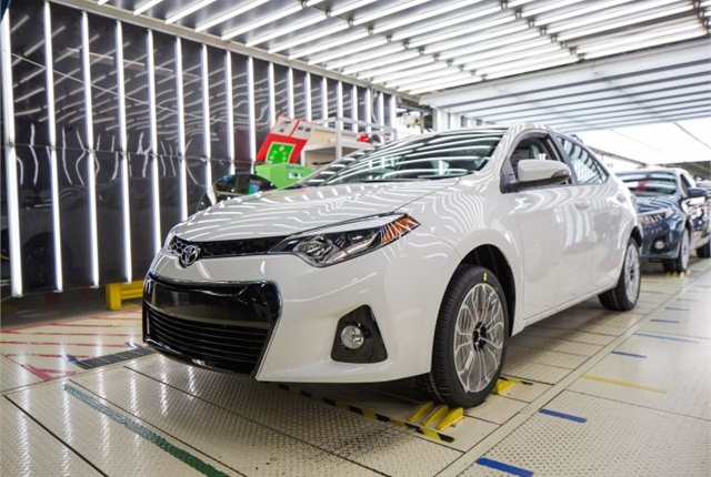 Photo of 500,000th Corolla courtesy of Toyota.
