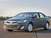Toyota Says Weight Reduction for 2013-MY Avalon Helped Boost Its MPG