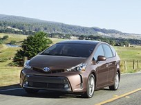 Toyota Adds Prius V Model for 2015