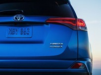Toyota to Produce RAV4 Hybrid for 2016