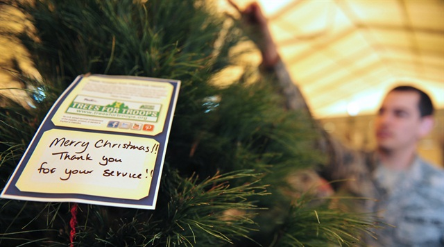 FedEx Delivers Trees for Troops