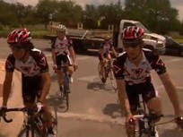 Video: How to Drive Among Cyclists