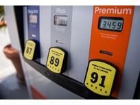 Pump Prices Rise Ahead of Memorial Day