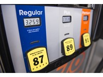 Gasoline Price Falls Ahead of Thanksgiving Holiday