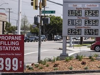 Gasoline Prices Level off at $2.67 Per Galllon