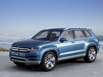 Volkswagen Shows Diesel Plug-in Hybrid Crossblue Mid-Size SUV Concept in Detroit