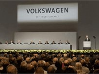 Volkswagen to Triple Spending on Alt-Drive Tech
