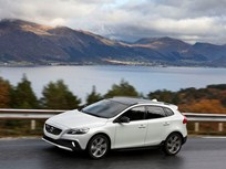 Volvo V40 Now Features Drive-E Powertrains