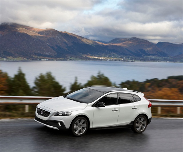 Volvo V40 Cross Country. Photo credit: Volvo Car Group