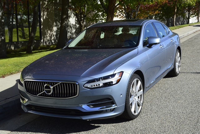 Photo of Volvo S90 by Vince Taroc.