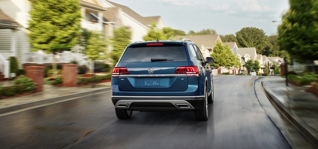 The 2018 Volkswagen Atlas is also equipped with a variety of driver assistance features, including blind spot monitoring with rear traffic alert. Photo: Volkswagen