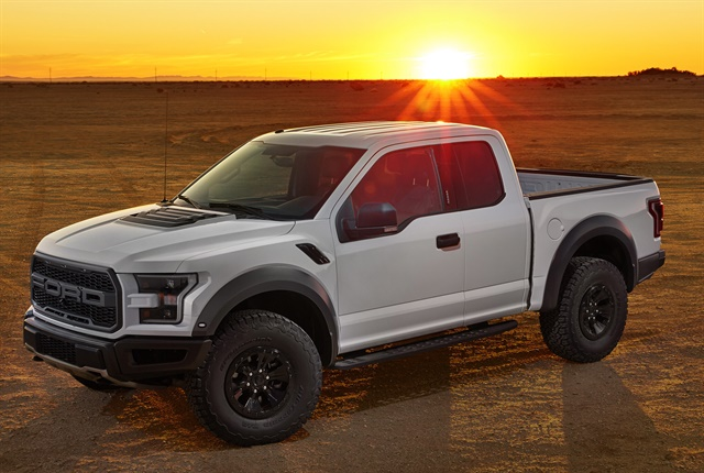 ford reveals f 150 raptor updates news automotive fleet. Black Bedroom Furniture Sets. Home Design Ideas