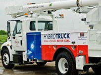 Oncor Unveils Hybrid-Powered Bucket Trucks