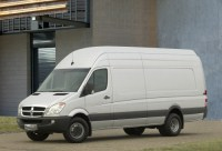 DaimlerChrysler Opens Sprinter Assembly Plant in Charleston, S.C.