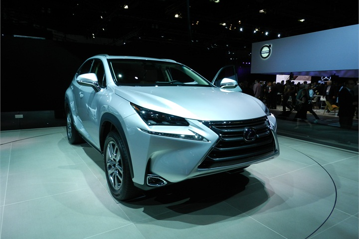 The Lexus Nx Is A Compact Suv With A Turbocharged Cylinder