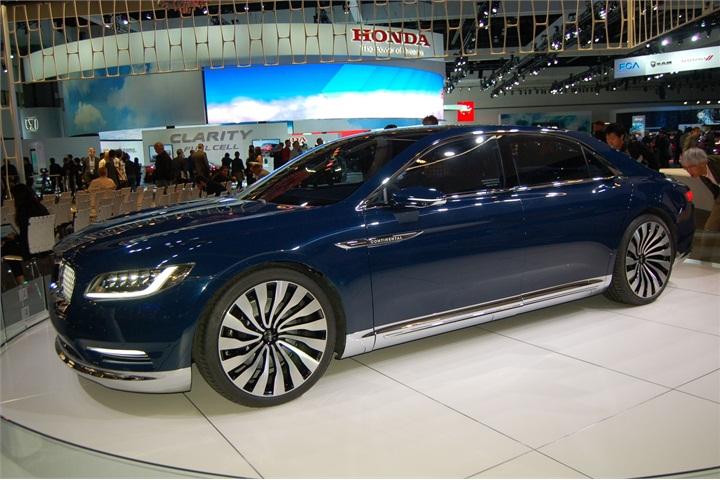 2017 lincoln continental 2015 l a auto show cars. Black Bedroom Furniture Sets. Home Design Ideas