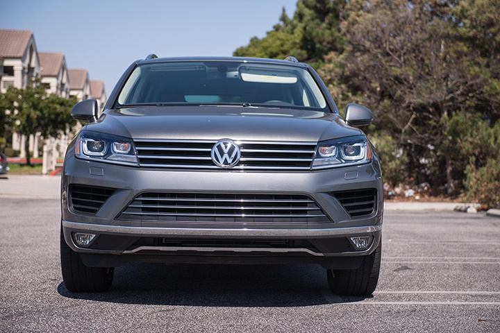 the 2016 touareg includes 4motion all wheel drive and four. Black Bedroom Furniture Sets. Home Design Ideas