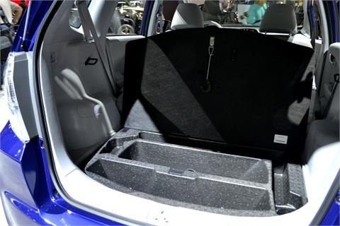 the fit ev gets an epa rated miles per gallon equivalent of 118 2012 l a auto show sedans. Black Bedroom Furniture Sets. Home Design Ideas