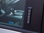 Hard buttons on keypad: Pickup truck drivers prefer tactile feedback,