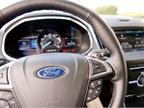The 2015 Edge has Ford s SelectShift featuring standard paddle-shift