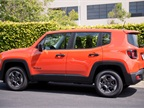 This Renegade is powered by a 1.4L inline-4 MultiAir turbo engine. It