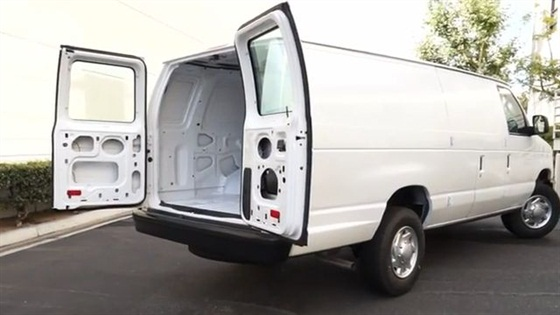 video van profile ford e 250 cargo videos van automotive fleet. Black Bedroom Furniture Sets. Home Design Ideas