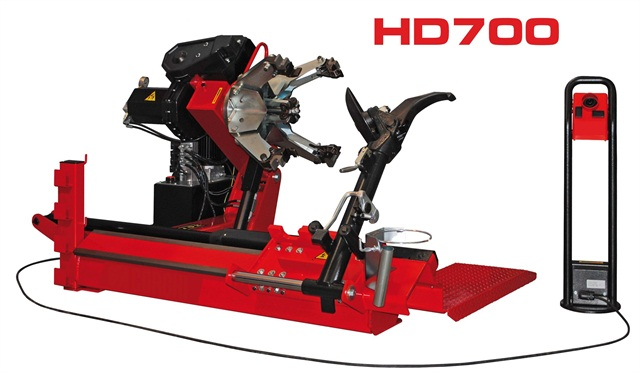 The HD700 Electrohydraulic Tire Changer.